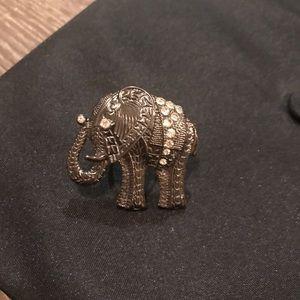 Jewelry - Elephant ring